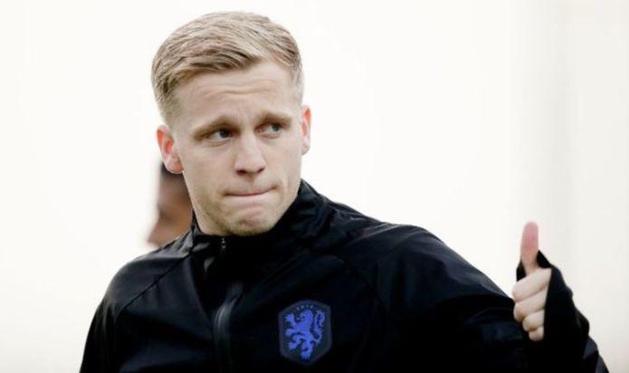 Man Utd 'willing to include Donny van de Beek' in Juventus swap transfer deal
