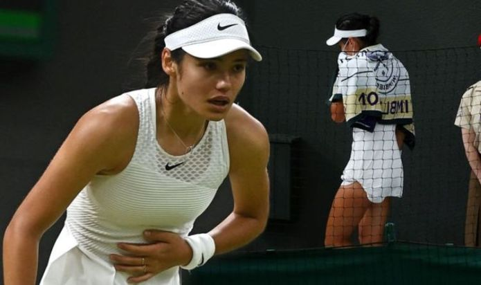Emma Raducanu withdraws from Wimbledon after 'difficulty breathing'