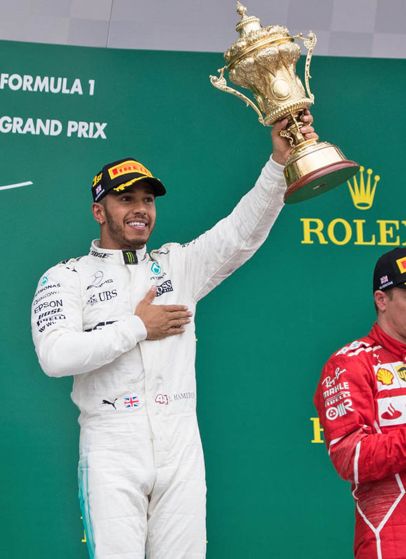 Lewis Hamilton moved to within one point of Sebastian Vettel