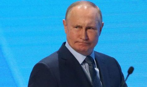 'Too beautiful to understand me' Putin accused of 'sexist mansplaining' to US news anchor