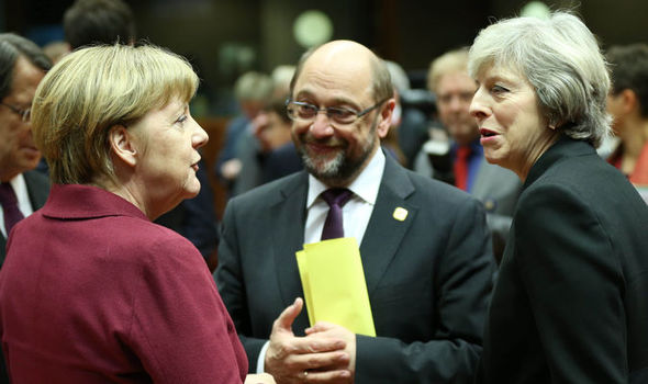 Angela Merkel and Martin Schulz talk with British PM Theresa May