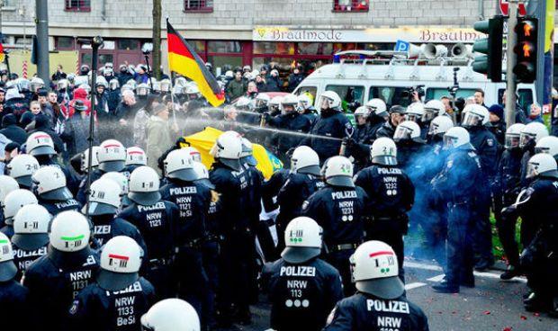 Cologne Migrant sex attack Germany NDP far right