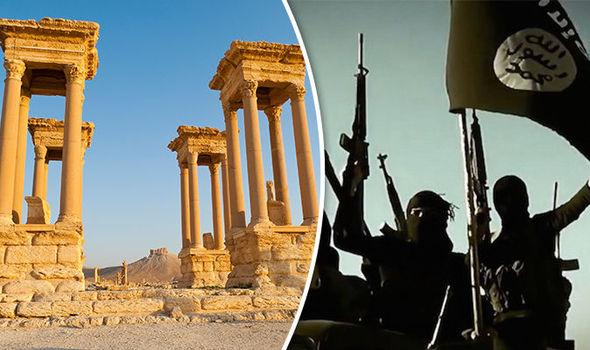 ISIS destroy ancient monument