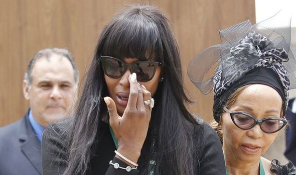 Supermodel Naomi Campbell broke down in tears as she led the tributes for Nelson Mandela yesterday