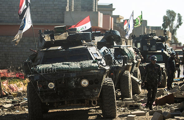 Iraqi forces advancing on Mosul