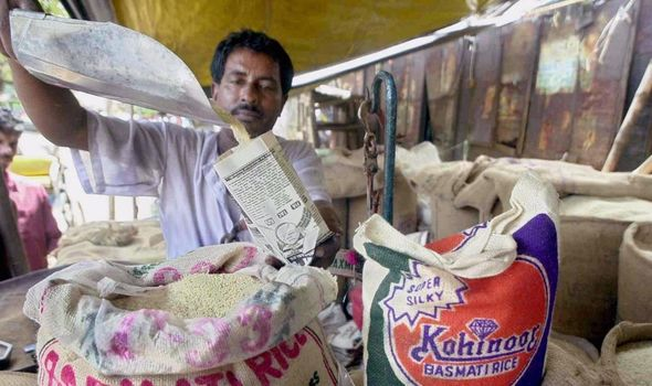 Pakistan news: An India shop sells basmati rice