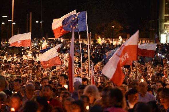 Polish EU supporters in Warsaw