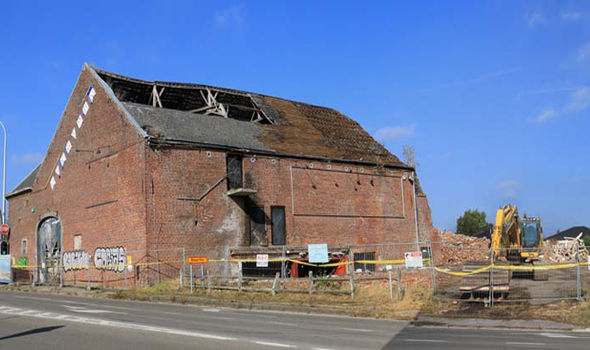 Battle Of Waterloo Building DESTROYED To Make Way For