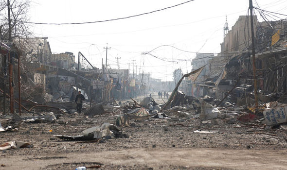 Mosul battered by bombs