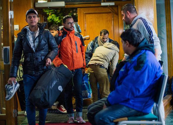 Migrant arrive in Sweden