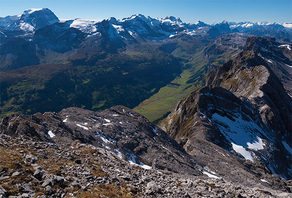 The quake struck at a depth of 5km inear Urnerboden in the Swiss Alps