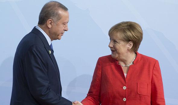Turkey war threat Germany: Erdogan and Merkel