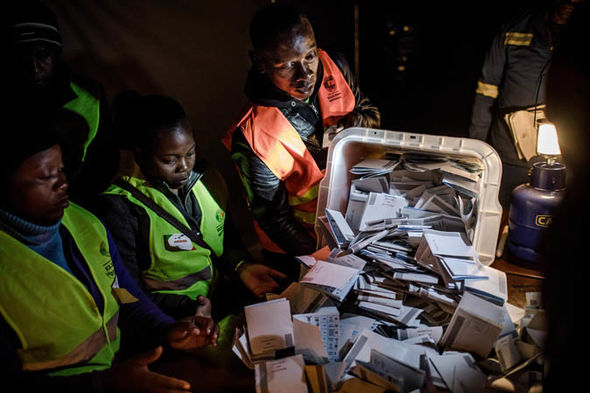 Zimbabwe election results 2018: Counting
