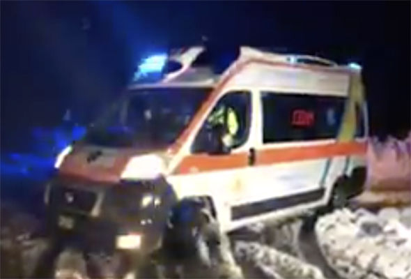 Rescuers are trying to reach people trapped in the snow