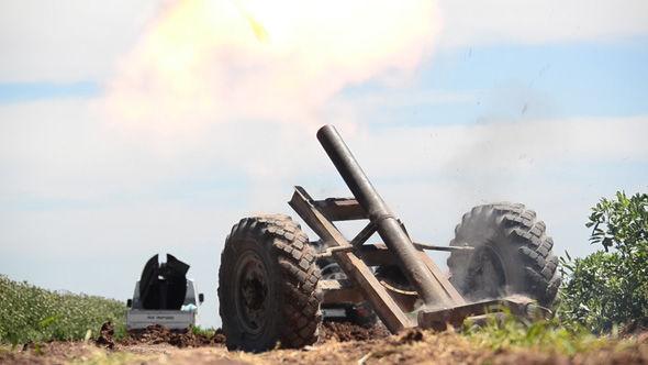 ISIS reclamar la batalla va a estallar en un campo fuera de la pequeña ciudad