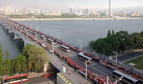 Crowds lined the streets of Pyongyang