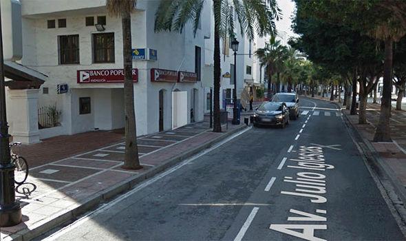 Julio Iglesias Avenue