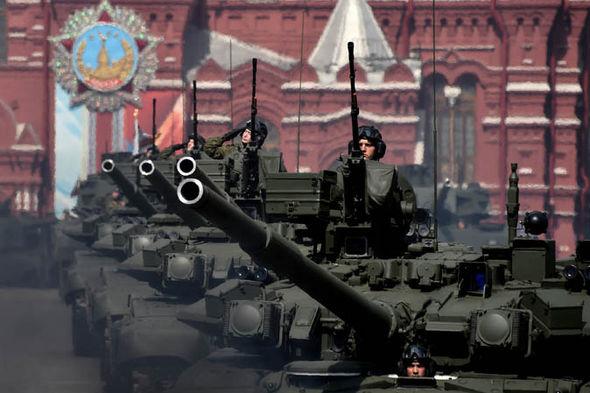 Russian T-90A tanks