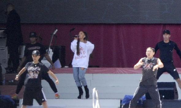 Ariana Grande souncheck