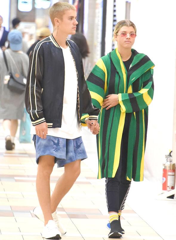 Lewis Hamilton Dating Lionel Richies Daughter Sofia