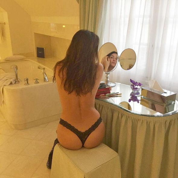 Lisa Snowdon thong naked topless engaged Instagram