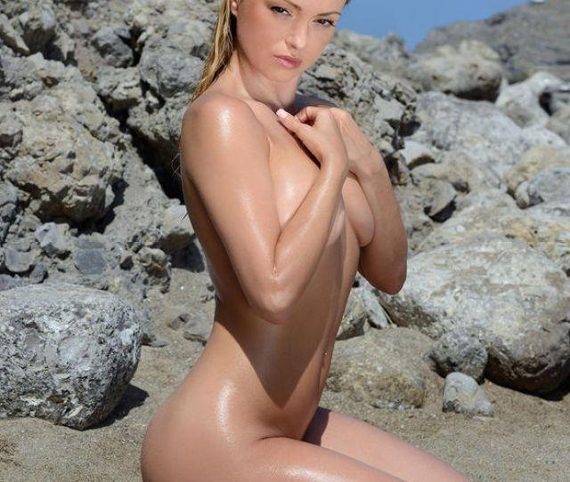 Ola Jordan Stripped Completely Naked
