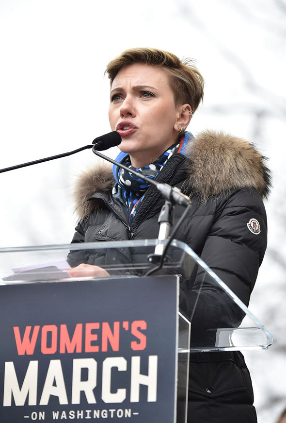 Scarlett Johansson Women's March Donald Trump