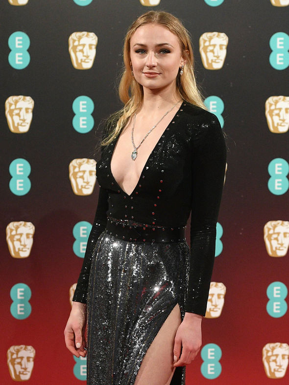 Game of Thrones star Sophie Turner displayed her cleavage on the BAFTAs 2017 red carpet
