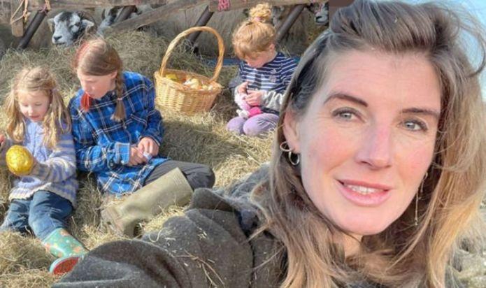 Our Yorkshire Farm's Amanda Owen talks breastfeeding for 15 years 'Why wouldn't I?'