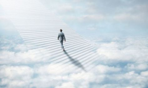 Life after death: Woman believes she 'soared through clouds' in afterlife account