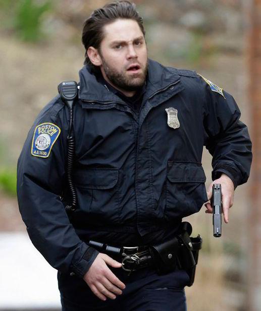 Image 2 | Huge manhunt for Boston bomb suspect | Pictures ...