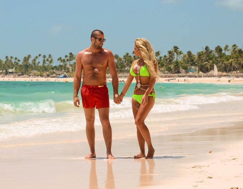Bianca Gascoigne and CJ Meeks enjoy a romantic getaway in the Caribbean