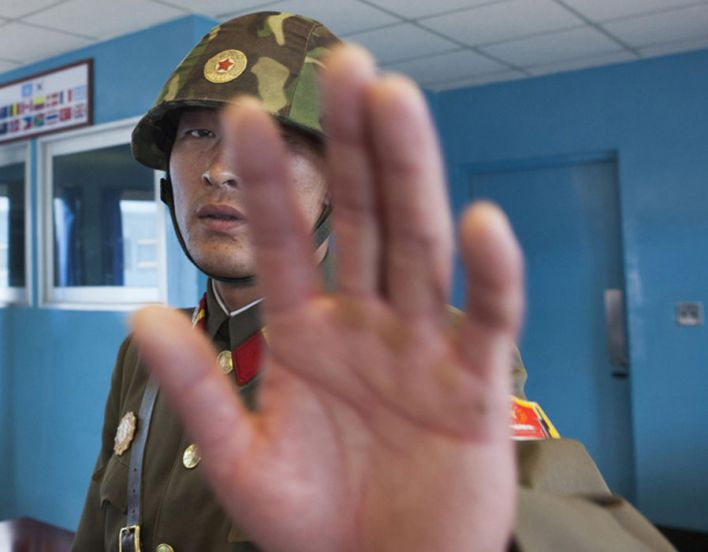 Taking pictures in the DMZ is easy, but if you come too close to the soldiers, they stop you