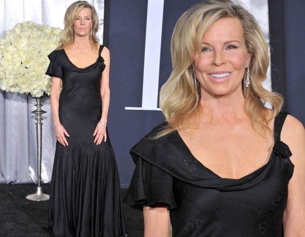 Kim Bassinger wows at the Fifty Shades Darker premiere