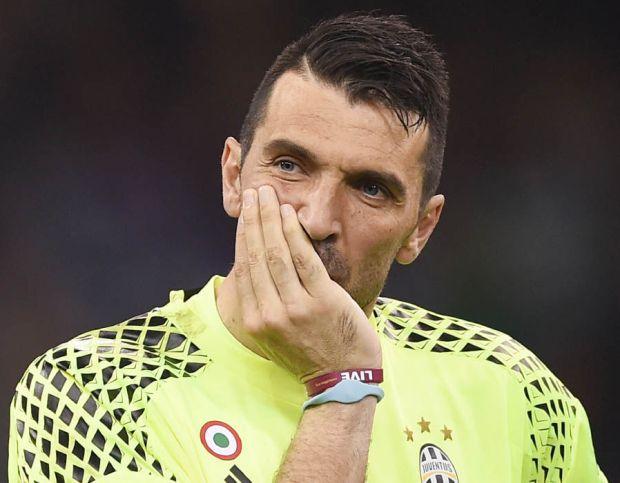 Champions-League-winners-worst-XI-Buffon