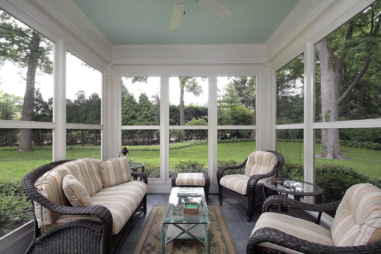 cost to install a screen porch 2021