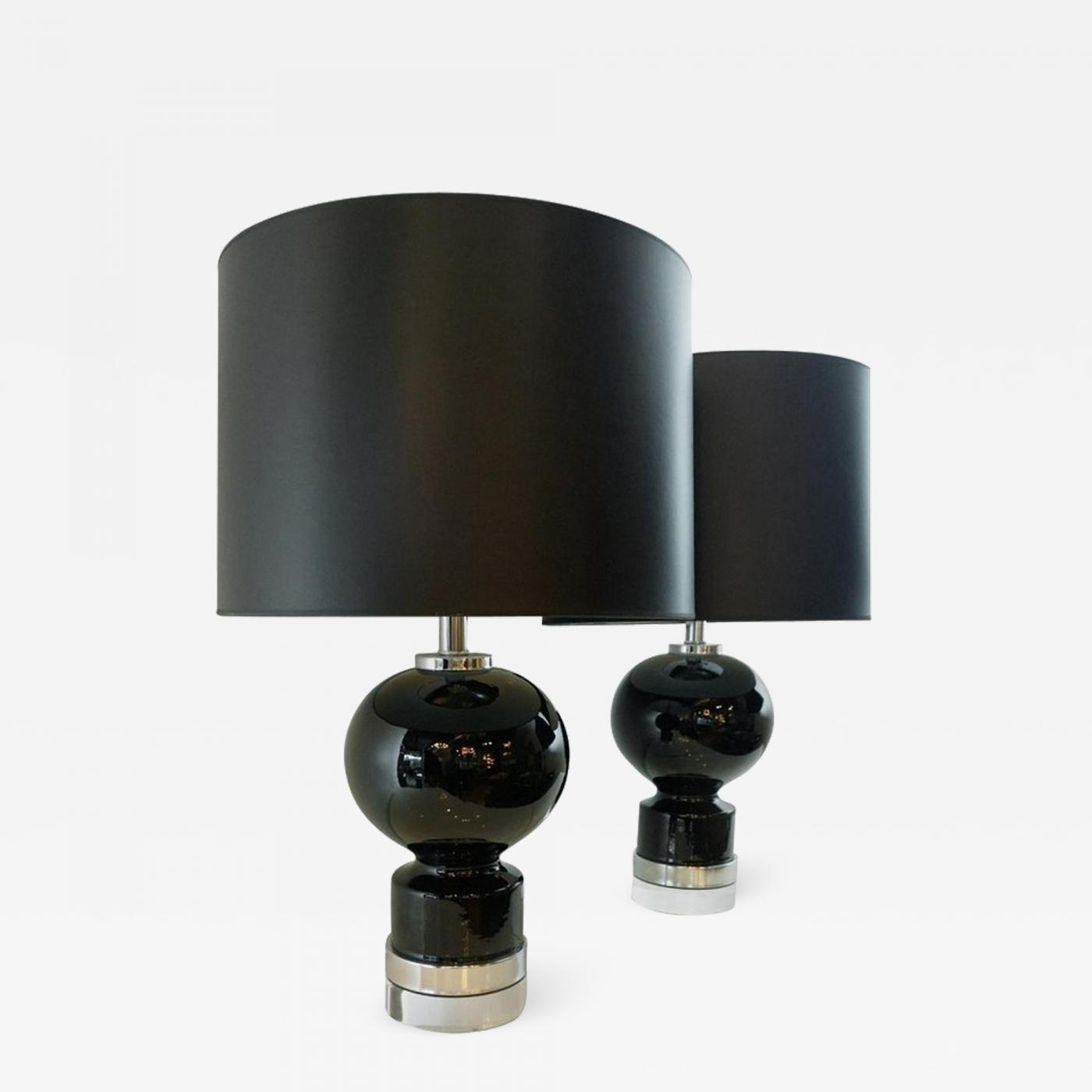 Lightolier Mid Century Modern Pair Of Black Ceramic Table Lamps W Chrome Lucite Bases
