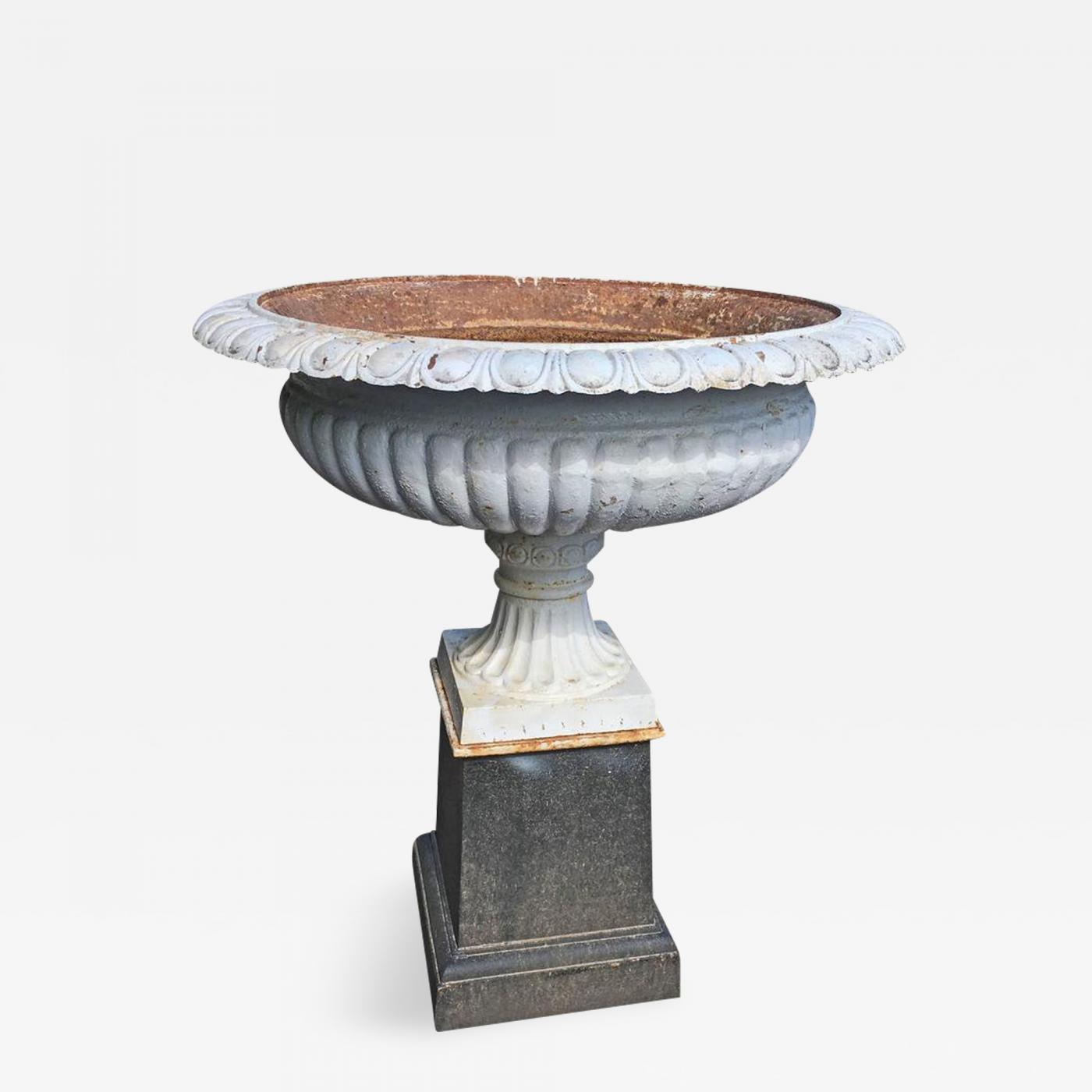 Cast Iron Garden Urns And Pedestals