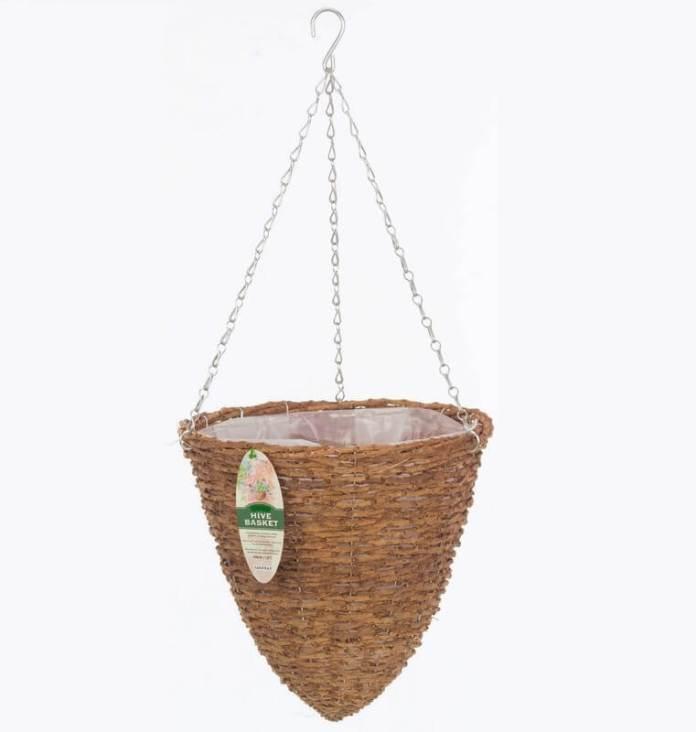 Rattan hanging planter