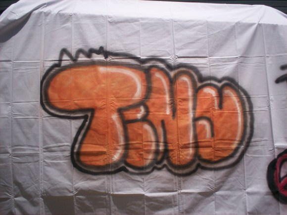 Graffiti Made Easy! : 5 Steps - Instructables