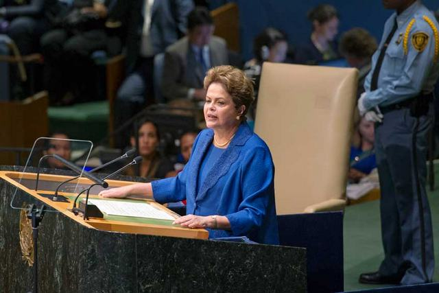 President Dilma Rousseff announced Brazil's national greenhouse gas emissions reduction contribution during the Sep. 25-27 U.N. Sustainable Development Summit in New York. Credit: UN/Mark Garten