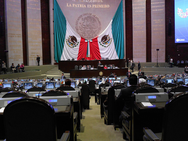 "In the Mexican Congress, lawmakers with the Parliamentary Front Against Hunger are pushing through laws that boost food security and sovereignty, to guarantee ""the right to sufficient nutritional, quality food"" that was established in the constitution in 2011. Credit: Emilio Godoy/ IPS"