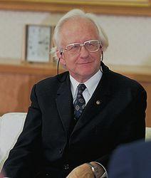 Johan Galtung.