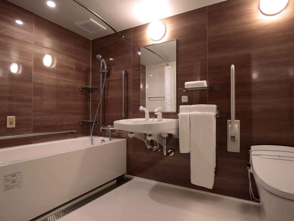 【ホテルインターゲート京都 四条新町】ユニバーサルルーム(ツイン・35平米・3名可)バスルーム