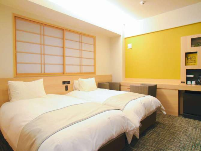 【ホテル エムズ・エスト四条烏丸】ユニバーサルツインルーム(28平米)