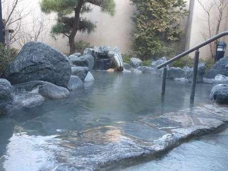 【かんぽの宿 塩原】露天風呂