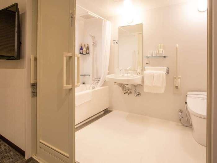 ホテル呉竹荘高山駅前のユニバーサルツイン バスルーム
