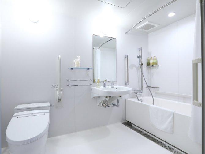 【ホテルウィングインターナショナル京都 四条烏丸】ユニバーサルツインルーム(23平米)バスルーム