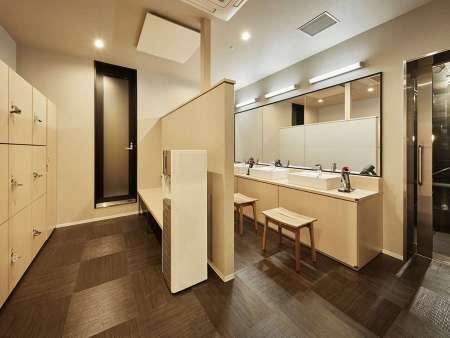 【ザ・スクエアホテル金沢】大浴場の脱衣所