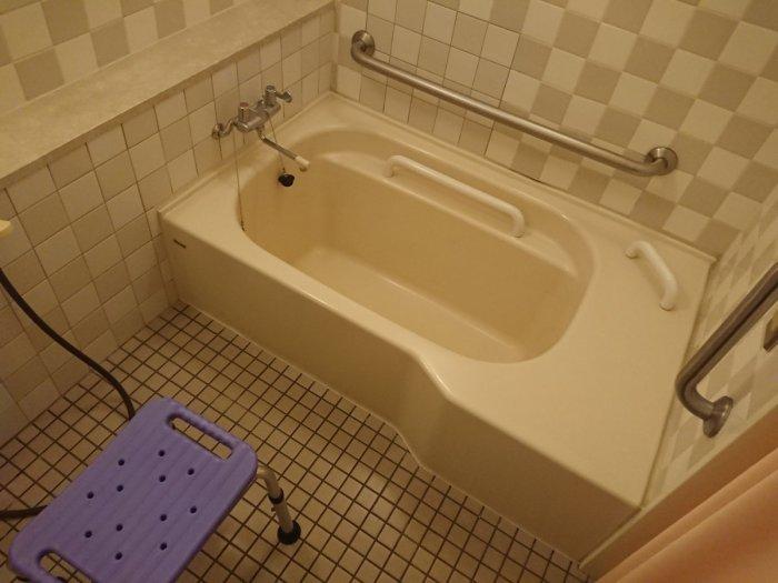 ヘルシーパル赤城のバリアフリー対応ツインルーム(バスルーム)